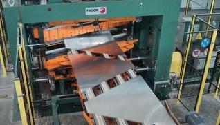 FAGOR ARRASATE Línea de corte de formatos de aluminio