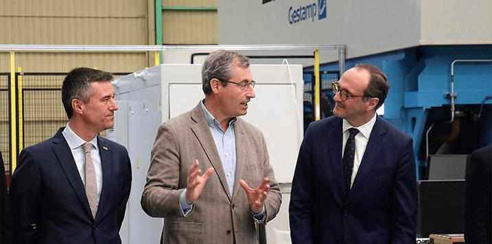 El Diputado General, Markel Olano, visita la empresa LOIRE GESTAMP ubicada en Hernani