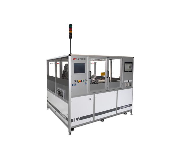 Lazpiur aporta dos máquinas de inserción de terminales Press-fit para componentes de vehículos Daimler