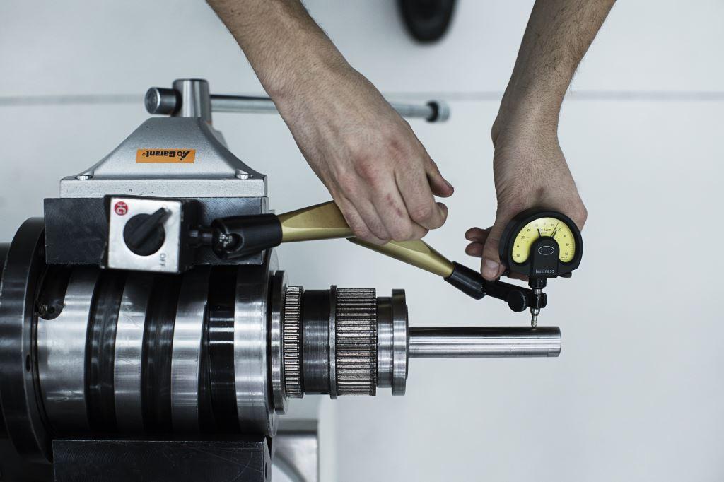 Mandrels and electro-mandrels Belt driven Spindle repair service