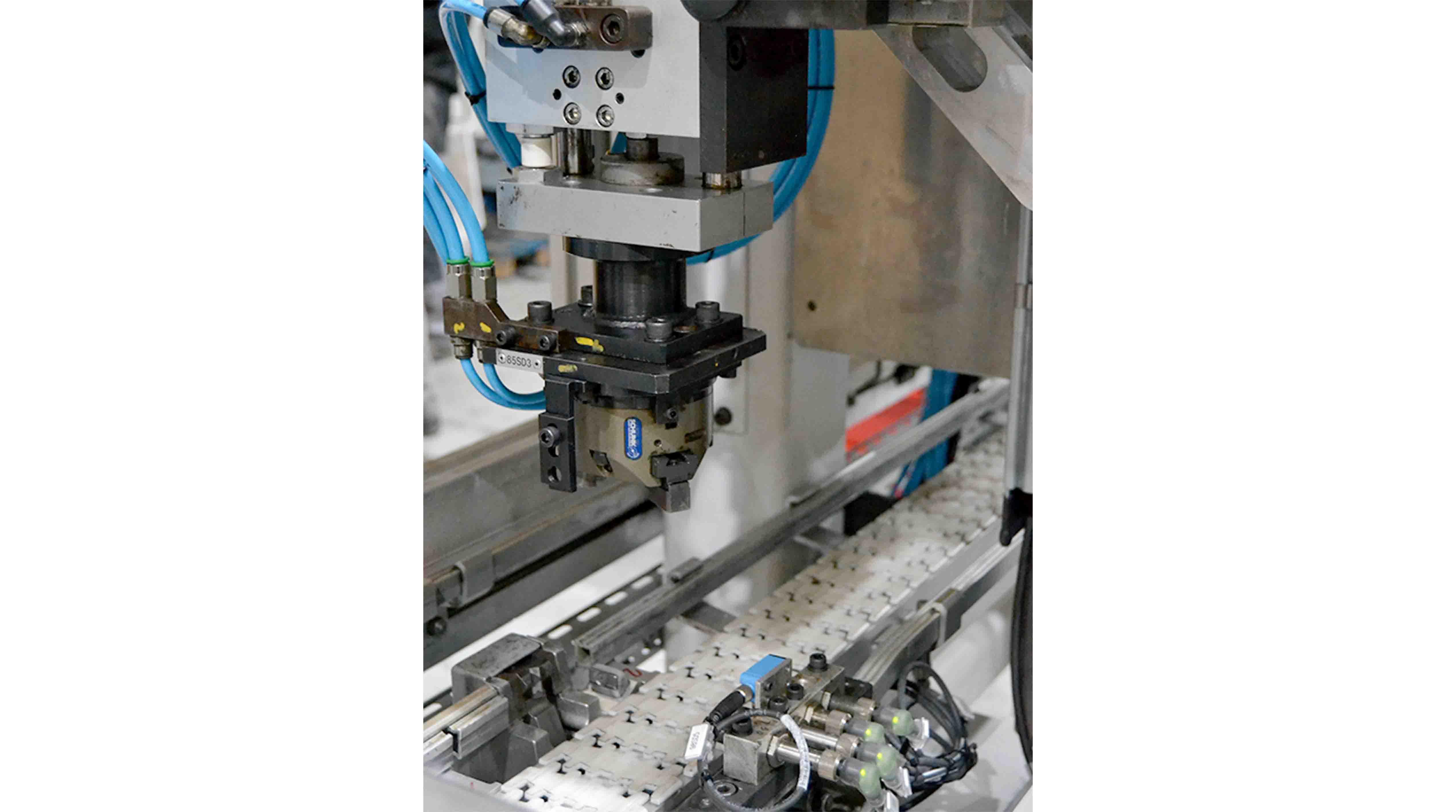 Voumard Grinding Machine V150-1L