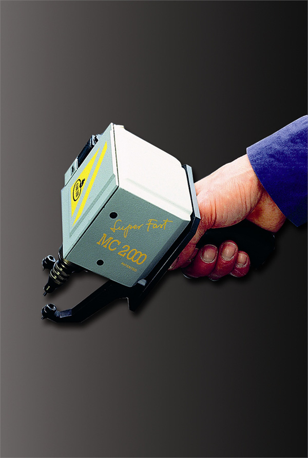 Máquinas para marcar COUTH05