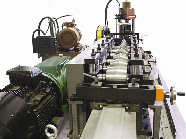 Lines for processing sheet (folding, automatic loading and unloading, etc) DIMECO12