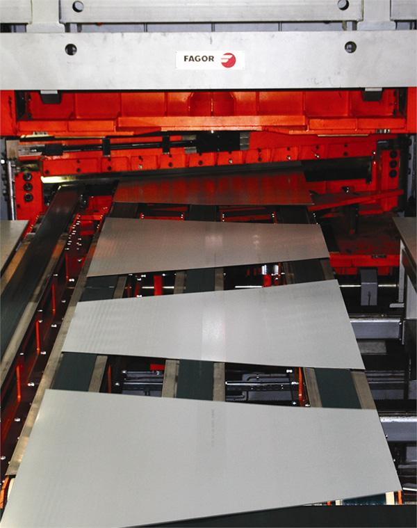Cutting lines Aluminium cut-to-length line