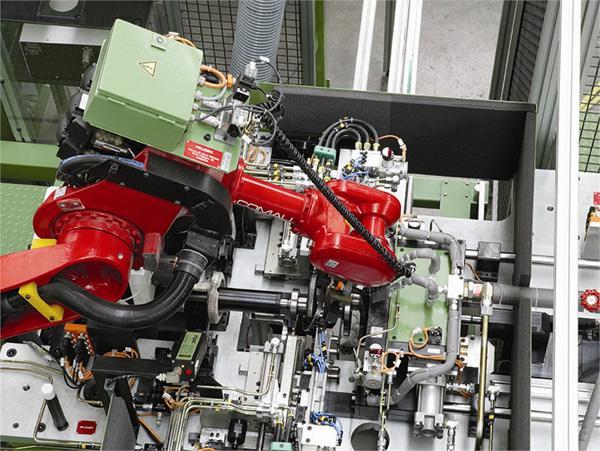 Máquinas y/o líneas especiales de montaje GAINDU07