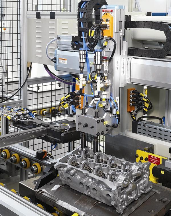 Máquinas y/o líneas especiales de montaje GAINDU13