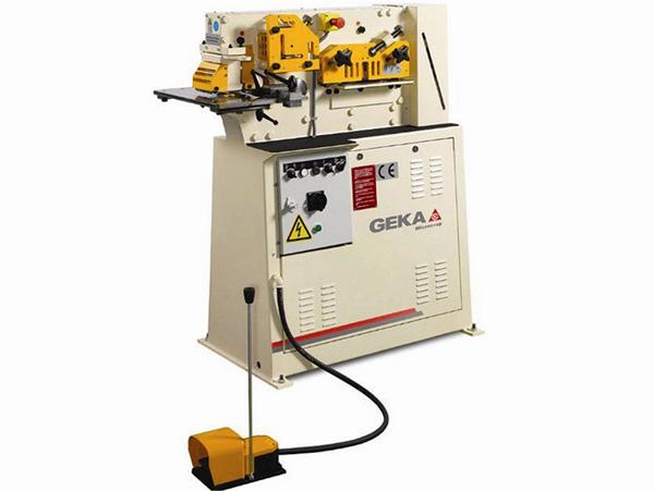 Punzonadoras para barras, perfiles y tubos GEKA03