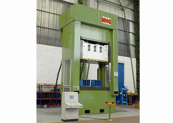 Prensas hidráulicas de  estampación MHG02