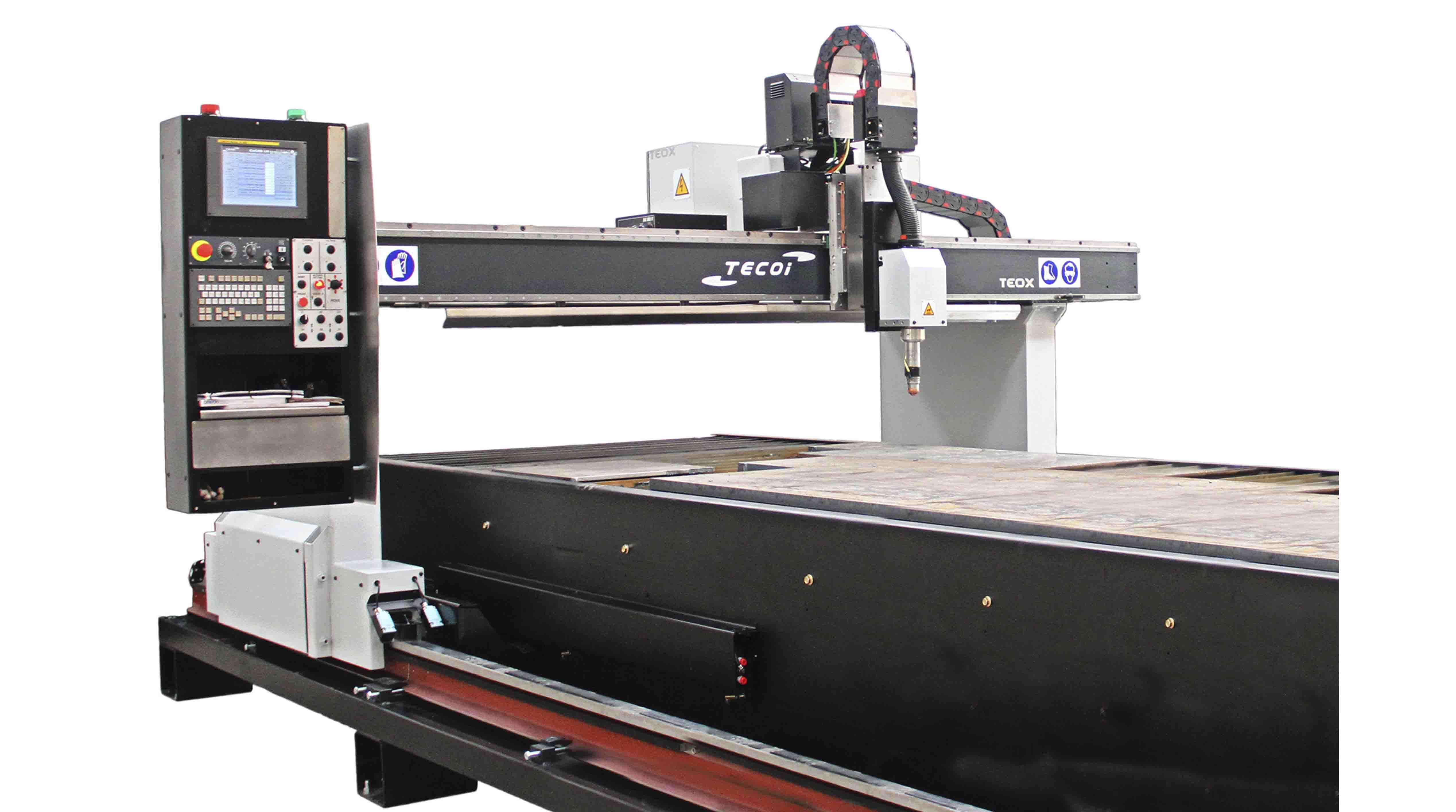 Otras máquinas para el trabajo de la chapa TEOX