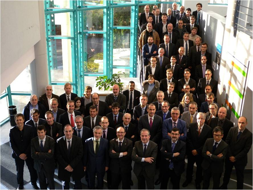 Asamblea General de la AEDTFFA, los Socios Industriales del CFAA