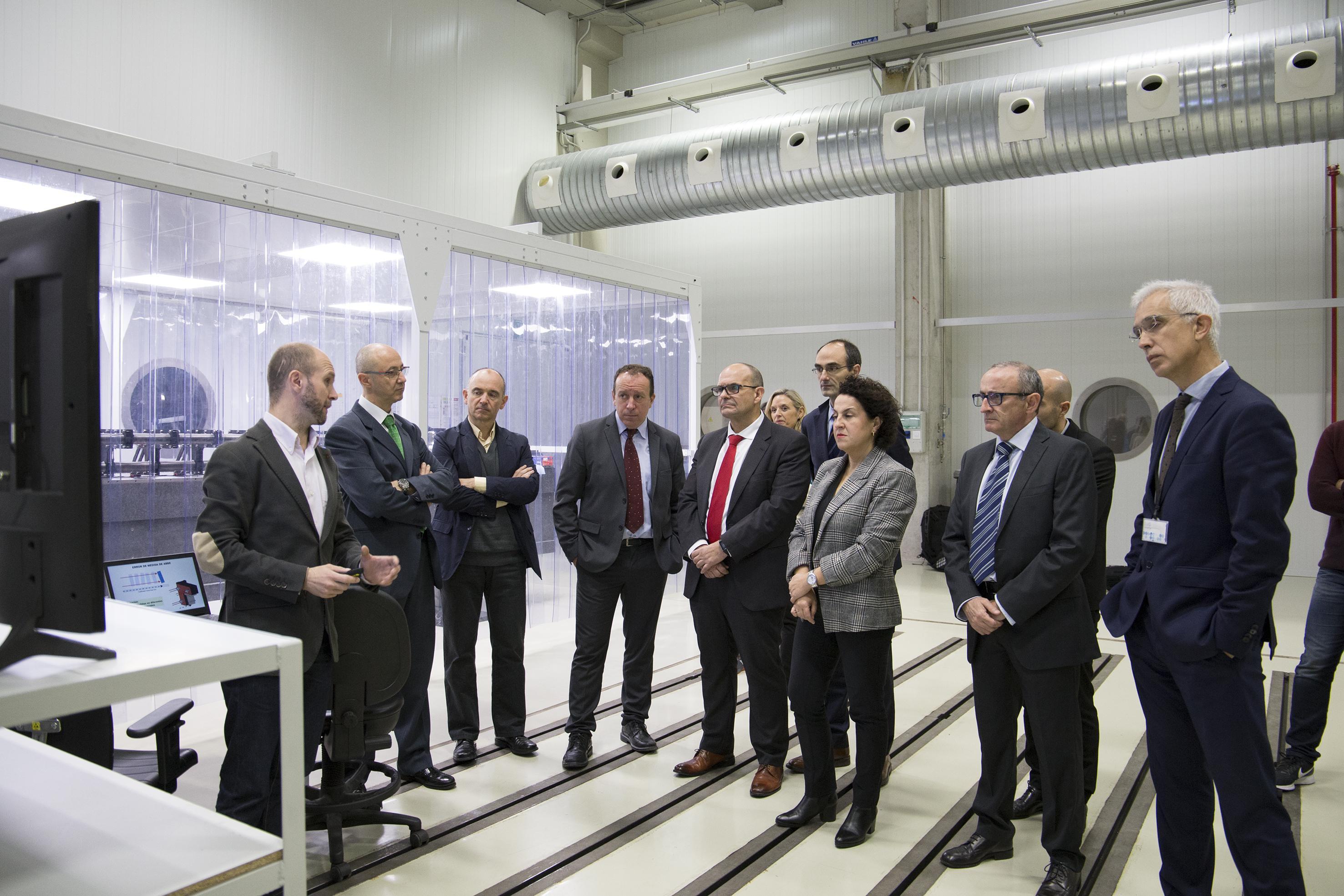 Fagor Automation e IK4-TEKNIKER presentan un innovador banco de pruebas de calibración nanométrica