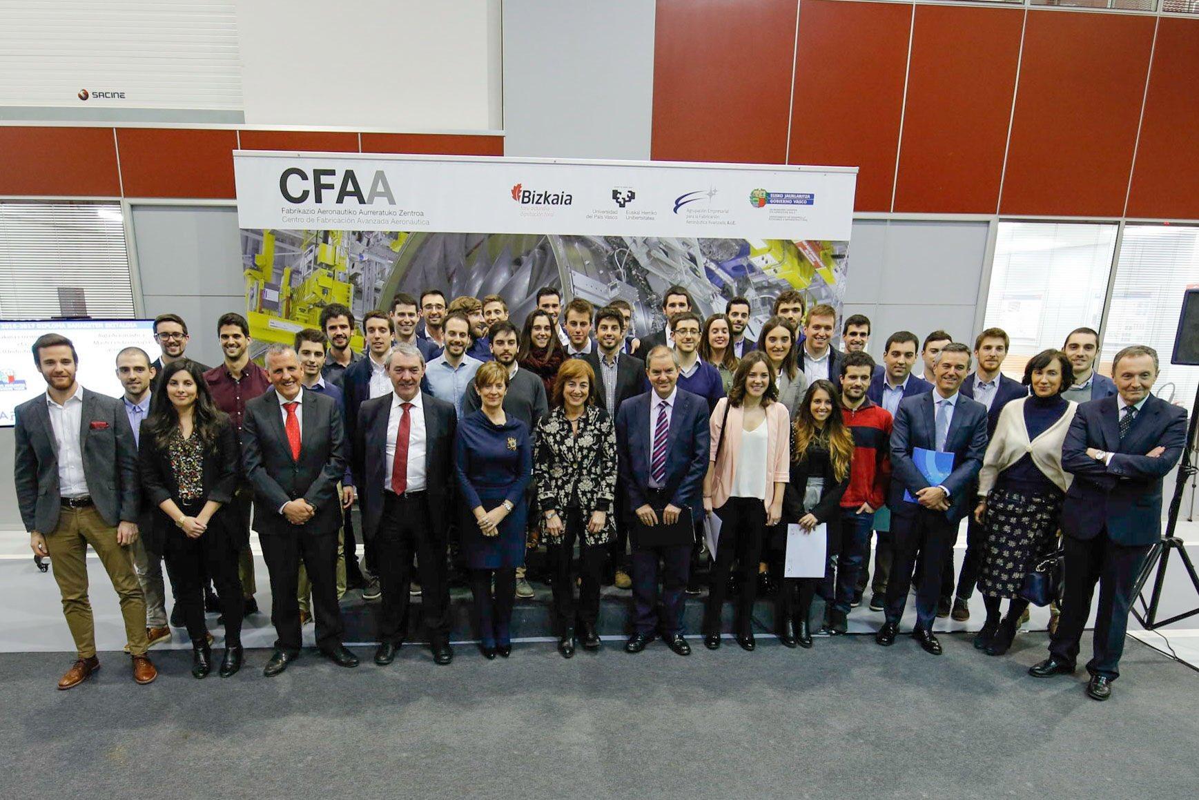 40 jóvenes talentos especializados en máquina-herramienta y aeronáutica reciben sus diplomas en el CFAA