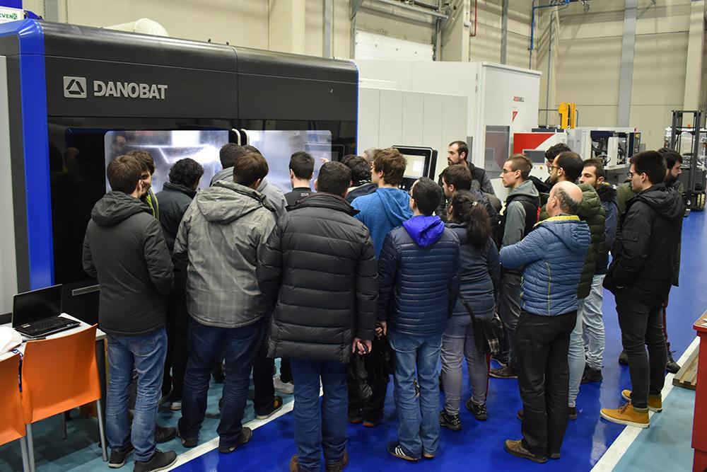 Los profesionales de la industria digital del futuro se forman en DANOBATGROUP