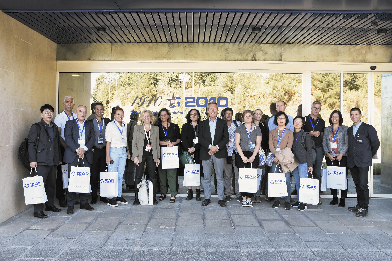 El Foro Global de la Economía Social visita IZAR